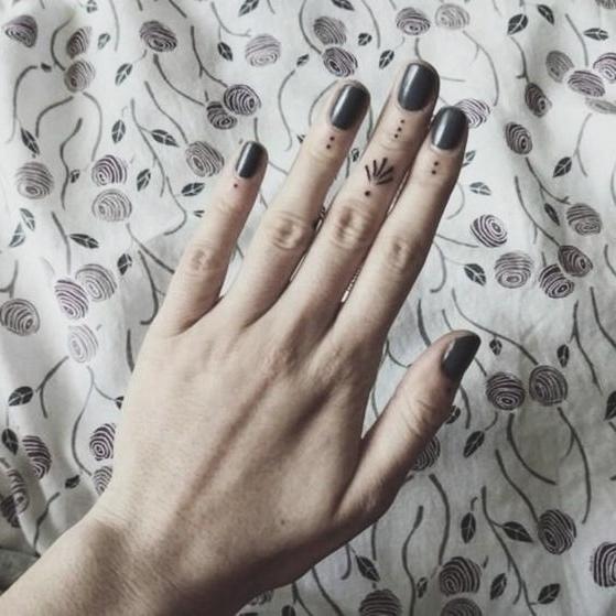 Fingers Ornamental 2